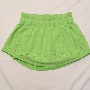 LuluLemon Run: Breeze By Zippy Green Skirt Size 2